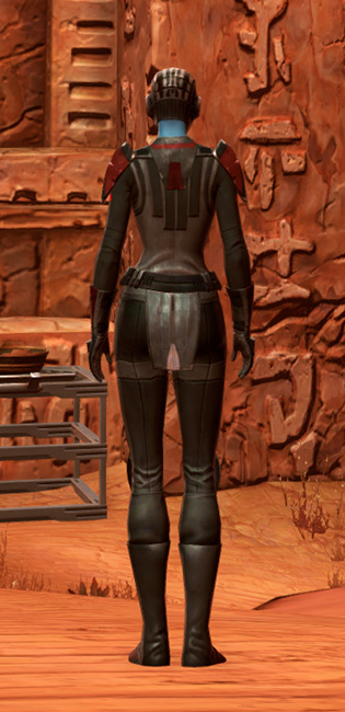 Blade Tyrant Armor Set player-view from Star Wars: The Old Republic.