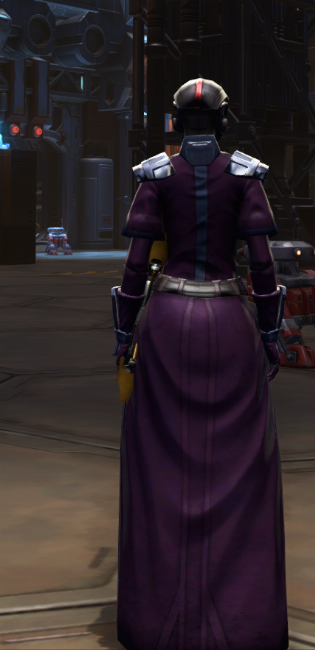 Citadel Bulwark Armor Set player-view from Star Wars: The Old Republic.